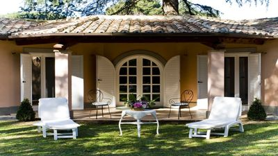Photo for Stunning Cottage located in exclusive park in Rome's countryside