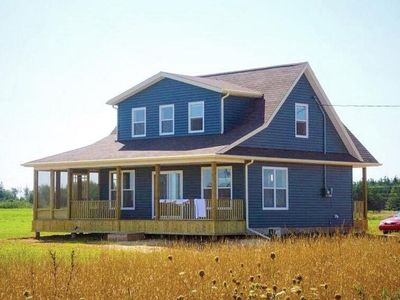 Photo for Charming summer home close to Thunder Cove Beach.