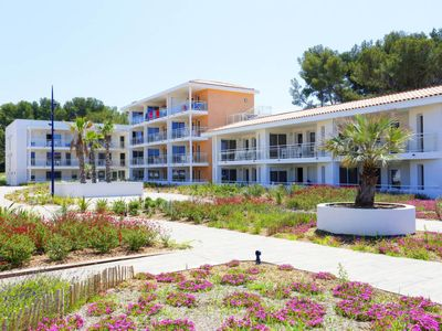 Photo for Apartment Résidence Le Cap Azur (MSU103) in Saint Mandrier - 6 persons, 1 bedrooms