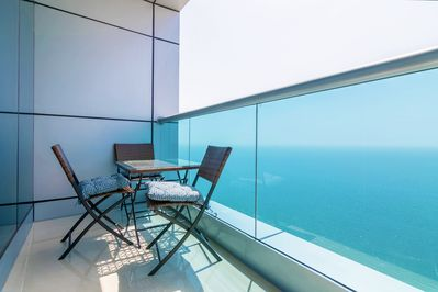 Balcony with full sea view