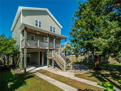 Photo for Beach Castle: 3 BR / 2 BA house in Carolina Beach, Sleeps 10
