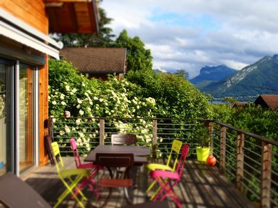 Photo for Veyrier du Lac, detached villa, sleeps 6/8, quiet, lake and mountain view