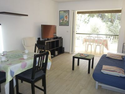 Photo for Apartment Hameau de Provence in Bandol - 6 persons, 1 bedrooms