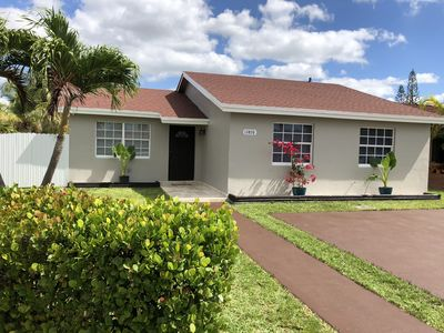 Photo for Modern Family Home in a safe and family oriented neighborhood. Welcome!