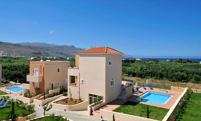 Photo for Holiday villas with private pool, Garden, sea view, garden,ear to the beach