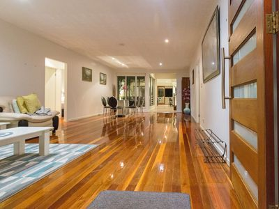 Photo for Gorgeous House in Heart of Surfers Paradise