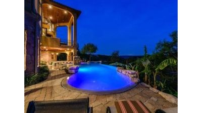 Photo for Luxury Lakefront Home on Lake Travis with 5 bedrooms and 9000+ SF, Infiniti Pool