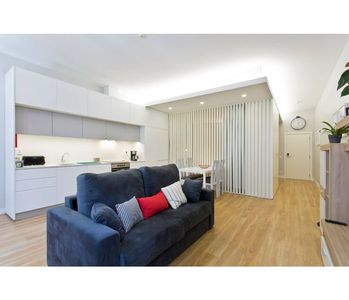 Photo for Alegria 120 / 1F - Spacious and bright apt - Parking