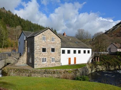 Photo for 5 bedroom House in Llangollen - 42582