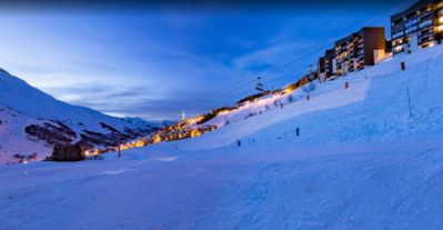 Photo for Exceptional chalet - resort center - the slopes