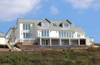 Photo for 2BR Cottage Vacation Rental in Mawgan Porth