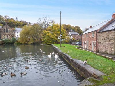 Photo for Smithy Cottage on the Mill Pond, CROMFORD