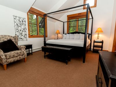Photo for **New Listing** Master Suite w/King Bed, Quiet Location, Free WIFI