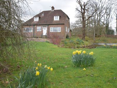 Pretty cottage in idyllic and peaceful rural setting