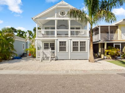 Photo for Blue Days Beach Cottage -- Single Family Homes