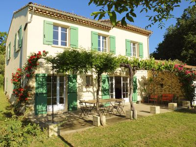 Photo for Large holiday home in the countryside at the foot of Mont Ventoux