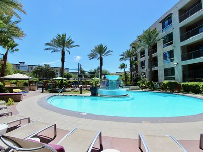 Photo for Plan Your Kierland Getaway-Urban Views..Quiet No One Above