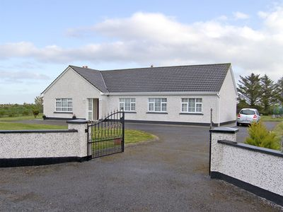Photo for Dromore West Cottage, DROMORE WEST, COUNTY SLIGO