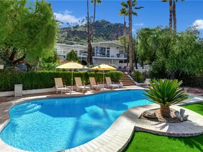 Photo for Historic Howard Hughes Mini Estate in Araby Cove+Great Mountain Views