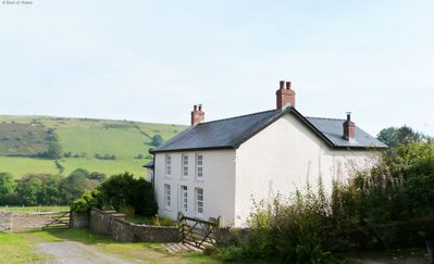 Photo for Onnen Fawr Farmhouse -  Brecon Beacons Farmhouse with hot tub - sleeps 8 guests