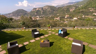 Photo for Panoramic apartment with garden and private parking