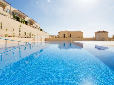 Photo for Duplex with pool, sea view, WIFI free, only few min. from the beach