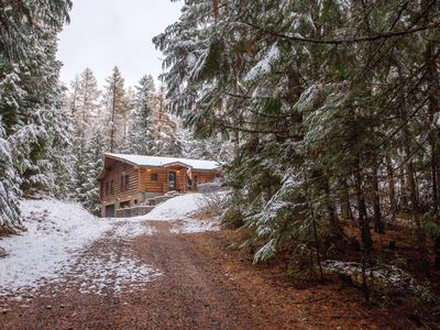 Photo for 4BR Cabin Vacation Rental in Sagle, Idaho