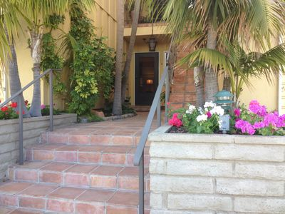 Photo for Sunny WESTBEACH RETREAT- Ideal location!! 1.5 blocks to Beach and State Street