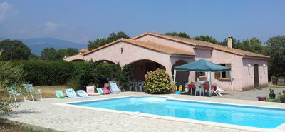 Photo for Very pretty villa of even foot of 155 m ².