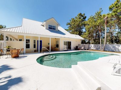 Photo for Gorgeous coastal home w/ an outdoor pool - close to everything!