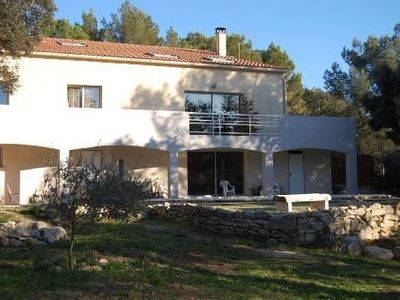 Photo for Pretty Villa Spacious and user-friendly Garrigue