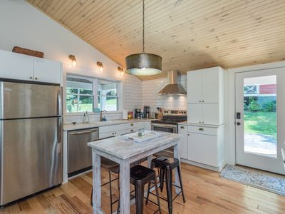 Photo for Creekside Cottage near Lake Tomahawk