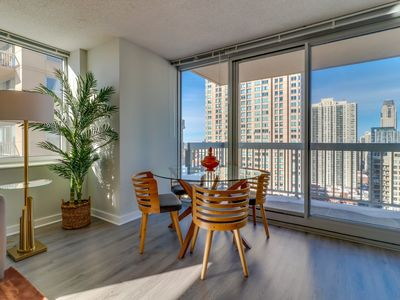 Photo for River North Grand Plaza suite w/ lake view, balcony! Shared pool, gym, game room
