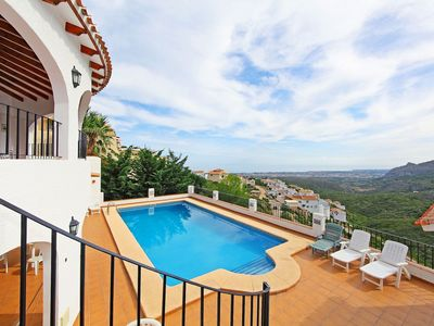 Photo for Lovely apartment for 10 guests with private pool, internet, TV and parking