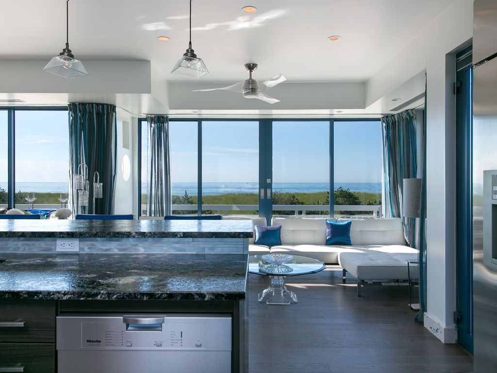 property image4 breathtaking 2 bedroom west hampton home - Breathtaking Beach Houses In New York