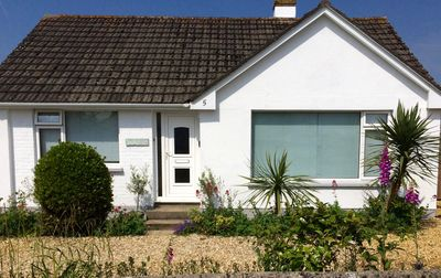 Photo for Stylish spacious detached bungalow close to fabulous surfing beaches