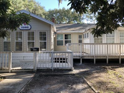 Photo for Quaint triplex near UF and downtown