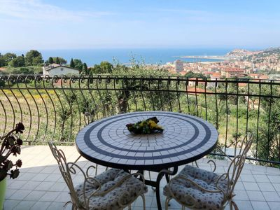 Photo for 2 bedroom Apartment, sleeps 6 in Oneglia with WiFi