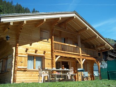 Photo for Comfortable Savoyard chalet - Ski lifts 500 m away and free bus 30 m