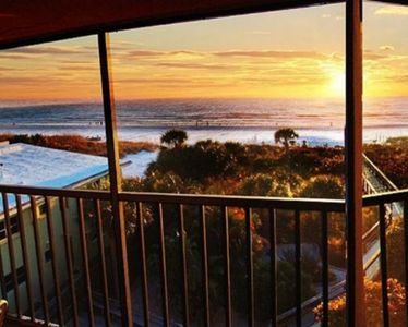 Photo for Direct Ocean Front Condo.  Siesta Key.  Spectacular views and sunsets.