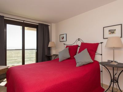 Photo for Beautiful apartment on the seafront.