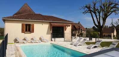 Photo for Le Tilleul, 6 bedrooms, private heated pool, enclosed park