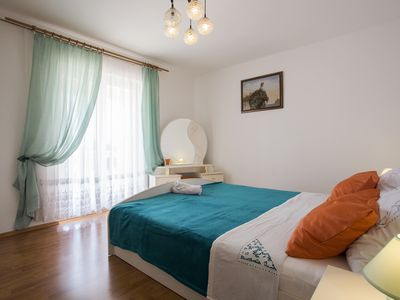 Photo for Apartment Ankica 6+2 in Stinjan