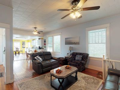 Dog-friendly home w/ Gulf views & plenty of space - ideal location!