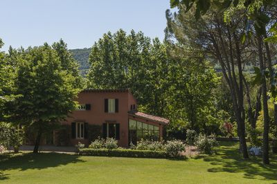 The house in the park  in the green nature so close to Florence City