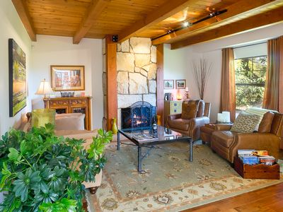 Photo for Charming 2BR w/ Sunroom, Private Patio & Hot Tub - 10 Mins to Sonoma Plaza