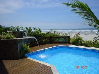 Photo for House on the seafront with 5 suites, pool, 3 rooms, gated community