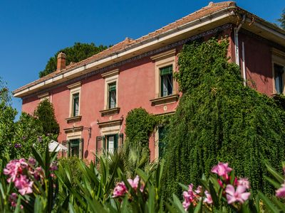 Photo for Charming nineteenth-century villa in Caltagirone