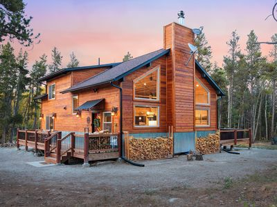 Photo for New Mountain Home - 35 Min from Breck - Hot Tub - Sleeps 8