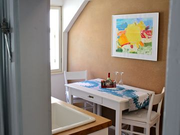 Romantic holiday in a medieval courtyard - : Abendrot Ferienwohnung im OG (Nr. 3091746)  *  *  *  *  *